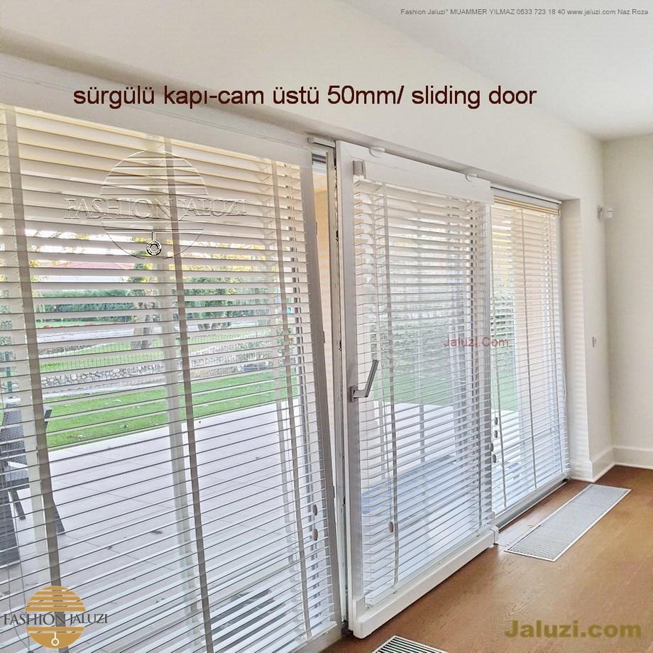 cam üstü jaluzi perde pencere pimapen üstünde üzerine sabitli ipli zıgıl zıgıllı zigil ipli zincirli düğmeli motorlu 25mm 50mm ahşap metal alüminyum jaluzi pvc pencere (15)