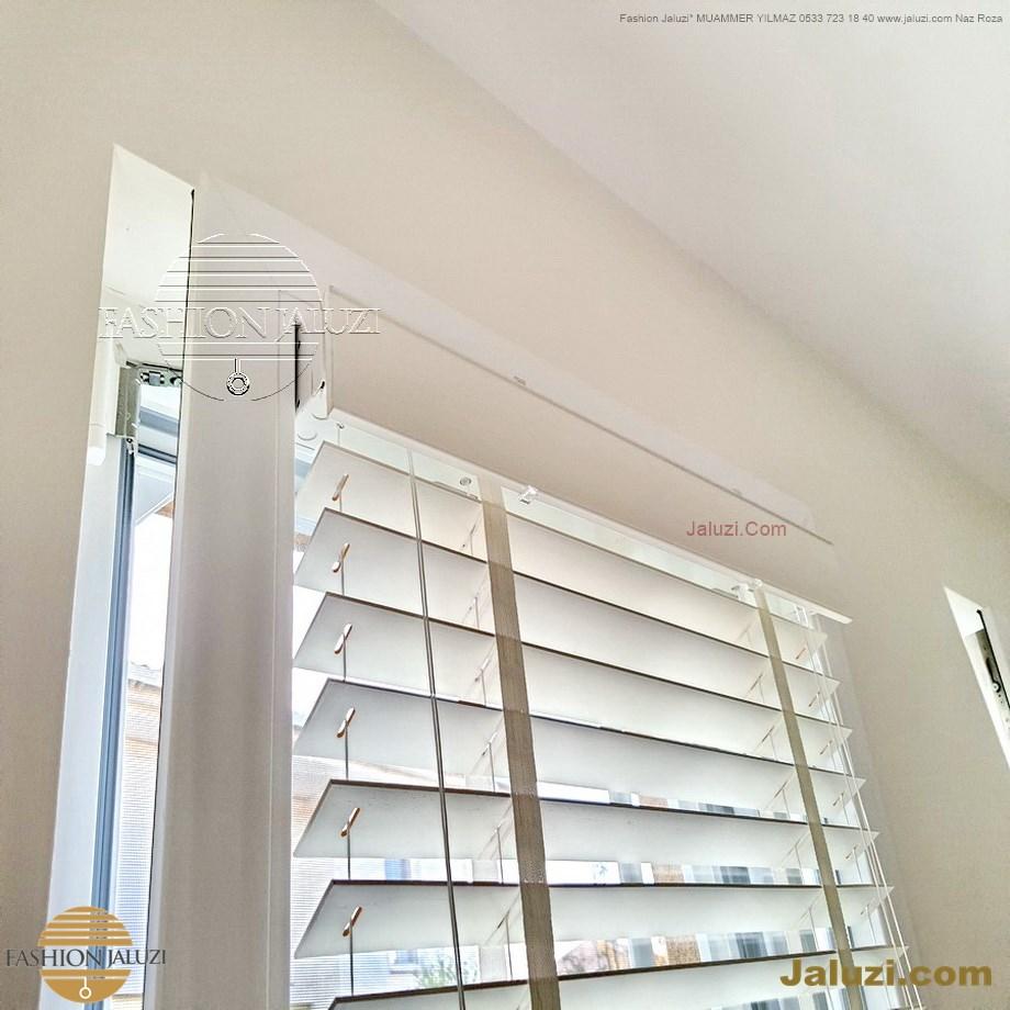 cam üstü jaluzi perde pencere pimapen üstünde üzerine sabitli ipli zıgıl zıgıllı zigil ipli zincirli düğmeli motorlu 25mm 50mm ahşap metal alüminyum jaluzi pvc pencere (18)
