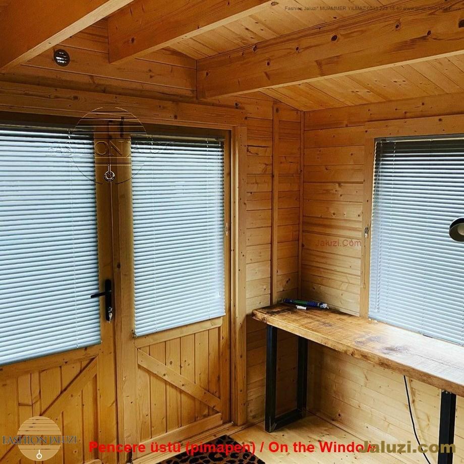 cam üstü jaluzi perde pencere pimapen üstünde üzerine sabitli ipli zıgıl zıgıllı zigil ipli zincirli düğmeli motorlu 25mm 50mm ahşap metal alüminyum jaluzi pvc pencere (21)