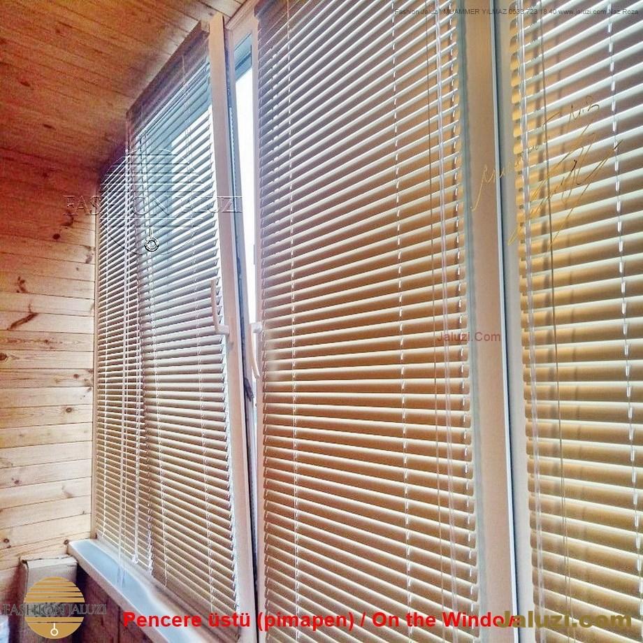 cam üstü jaluzi perde pencere pimapen üstünde üzerine sabitli ipli zıgıl zıgıllı zigil ipli zincirli düğmeli motorlu 25mm 50mm ahşap metal alüminyum jaluzi pvc pencere (24)