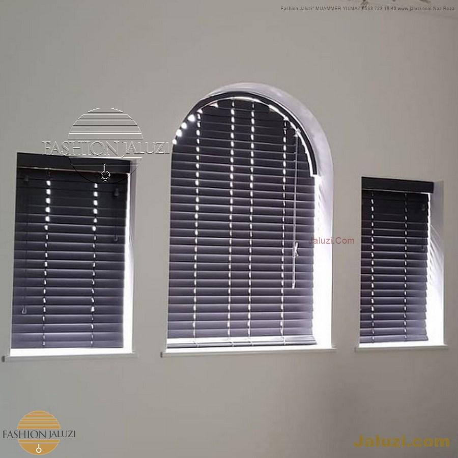jaluzi perde eğimli meyilli üçgen yamuk şekilsiz alttan eğik formsuz üstten açılı açı shaped venetian blinds ahşap jaluzi perde (12)