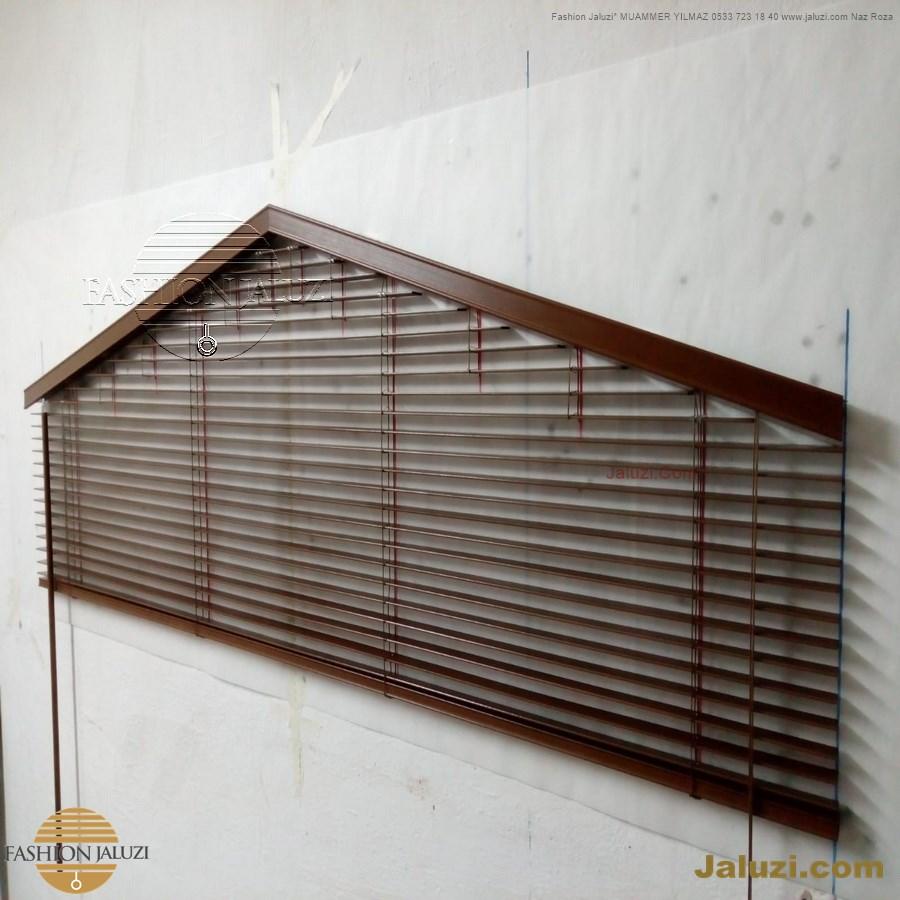 jaluzi perde eğimli meyilli üçgen yamuk şekilsiz alttan eğik formsuz üstten açılı açı shaped venetian blinds ahşap jaluzi perde (18)
