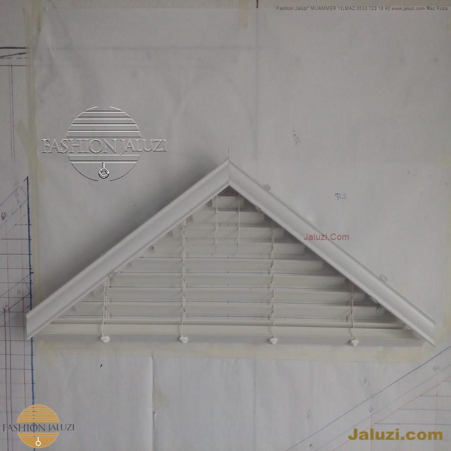 jaluzi perde eğimli meyilli üçgen yamuk şekilsiz alttan eğik formsuz üstten açılı açı shaped venetian blinds ahşap jaluzi perde (26)