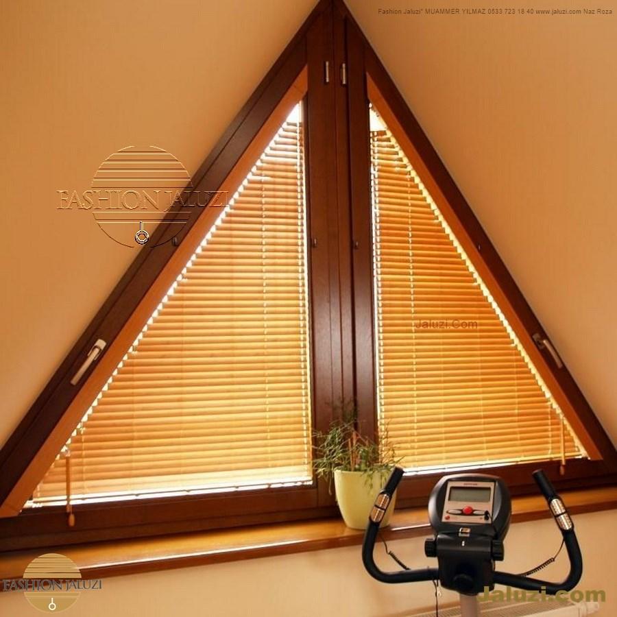 jaluzi perde eğimli meyilli üçgen yamuk şekilsiz alttan eğik formsuz üstten açılı açı shaped venetian blinds ahşap jaluzi perde (27)