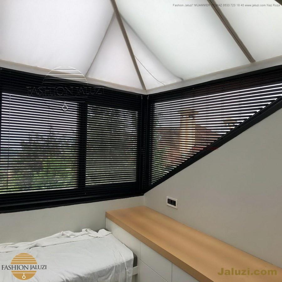 jaluzi perde eğimli meyilli üçgen yamuk şekilsiz alttan eğik formsuz üstten açılı açı shaped venetian blinds ahşap jaluzi perde (40)