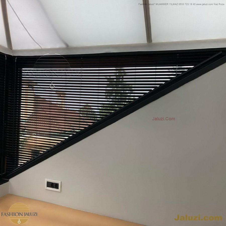 jaluzi perde eğimli meyilli üçgen yamuk şekilsiz alttan eğik formsuz üstten açılı açı shaped venetian blinds ahşap jaluzi perde (42)