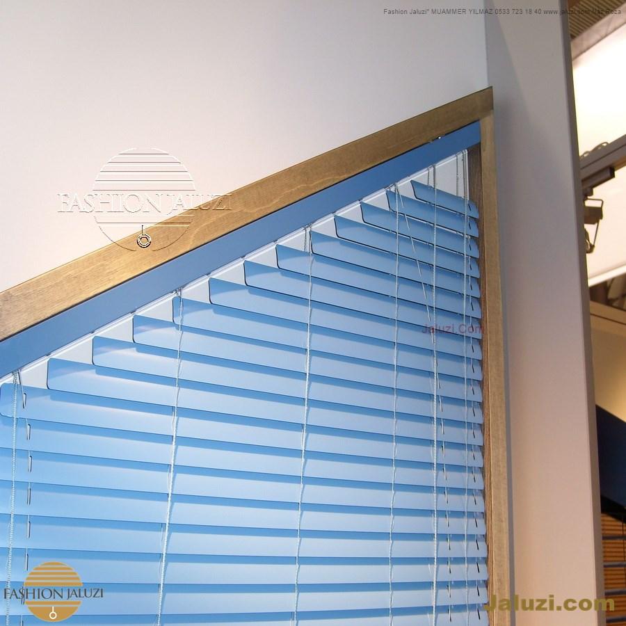 jaluzi perde eğimli meyilli üçgen yamuk şekilsiz alttan eğik formsuz üstten açılı açı shaped venetian blinds ahşap jaluzi perde (50)