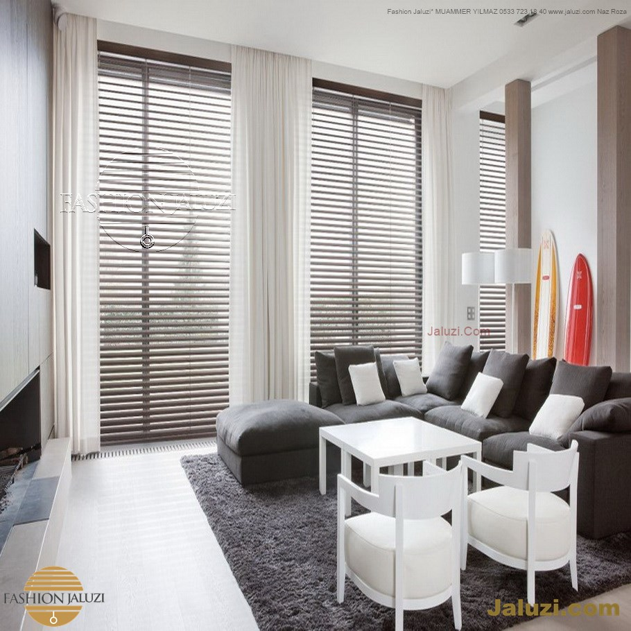 jaluzi ve fon perde kumaş perde ahşap jaluziler ve kanat fon drape eprdeler wood venetain blinds with drapery swag valance (10)
