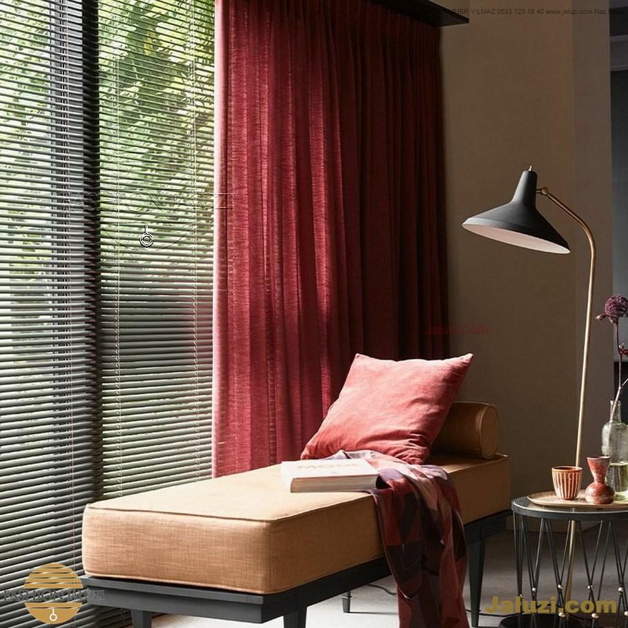 jaluzi ve fon perde kumaş perde ahşap jaluziler ve kanat fon drape eprdeler wood venetain blinds with drapery swag valance (14)